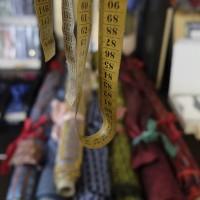 Maßanfertigung von Krawatten, Hosenträgern, Kummerbunden & Fliegen in Berlin durch Lagano