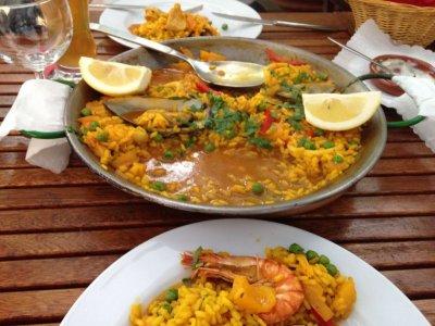 Torres - Tapas - Paella - Restaurante