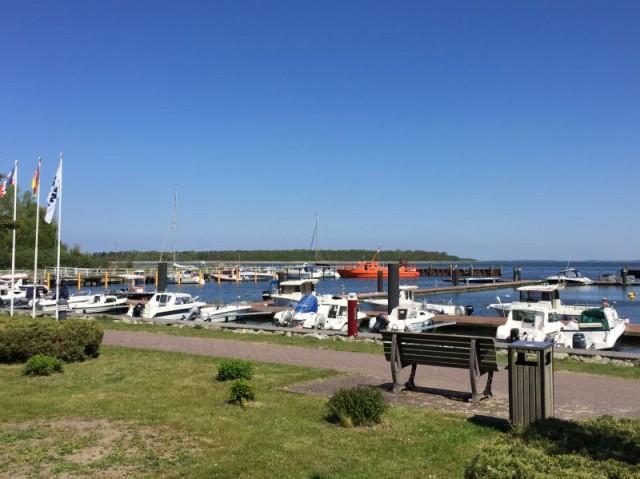 Fischer- & Yachthafen Barhöft