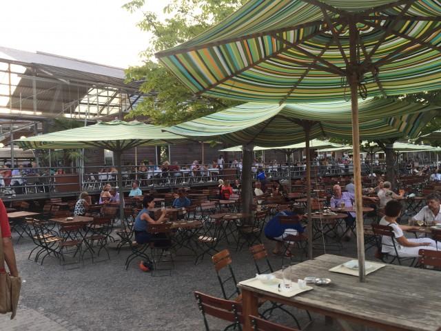 Biergarten Hafenhalle