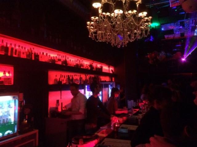 Comodo - Afterhour Lounge